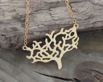 Gold Tree Necklace . 16 K Tree of life . Gold Jewelry . Gift Ideas for Mom . family tree