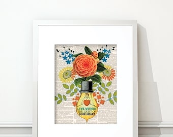 Light Bulb, Flowers, Spring Flowers, Light Bulb Art, Vintage Light Bulb, Light, Wall Art, Orange, Light Bulb Print, Light Bulb Art, Vintage