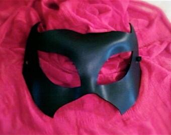 Black Leather Bat Batwoman Superhero Mask
