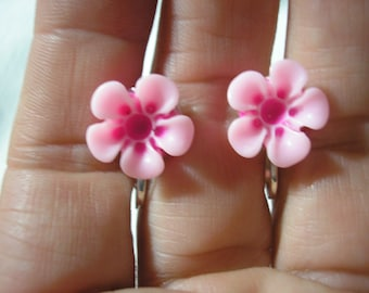 Play Earring - Clip or Pierced - Hibiscus - Tropical Flower - Pink/Drk Pink - 1/2""