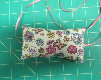 Pincushion - Tie On Your Machine (Multi Pastels Print - Light Yellow Background - Peach  Ribbons)