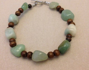 Vintage Chalcedony Bead Bracelet