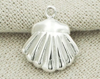 1 of 925 Sterling Silver Shell Charm  15mm. Polished Finish. :tm0069