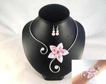 """Vic"" set 3 PCs white and pink flower - customizable"