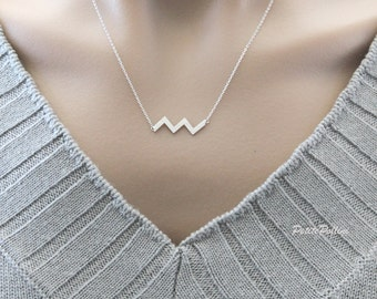 Chevron Necklace in Matte Gold/Silver. Minimalist Jewelry. Simple and Chic. Collarbone Necklace. Timeless. Gift For Her (PNL- 113)