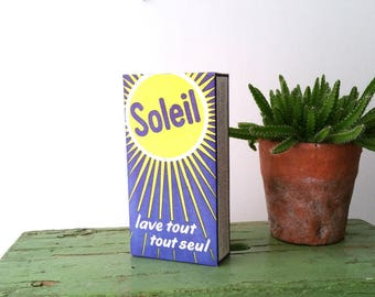Vintage old packaging detergent 'Soleil'