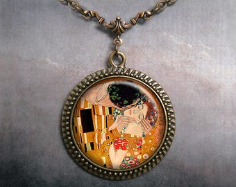 The Kiss, Gustav Klimt art necklace, Klimt art pendant romantic jewelry Valentine gift anniversary gift Valentine's Day jewelry