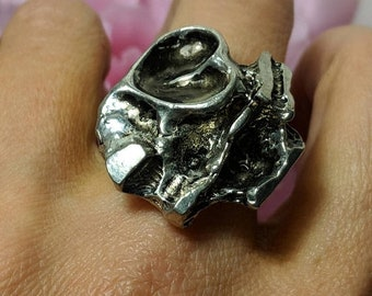 SALE TODAY Large Vintage Modernist Mod Brutalist Abstract Silver Plated Ring Size 9