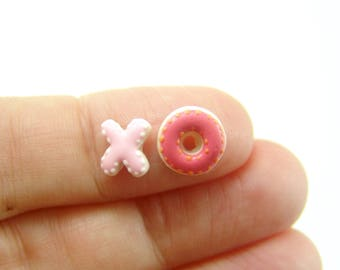 Flexible Silicone Mold // Dollhouse X and O Cookies // 1:12 Scale Food and Food Jewelry Projects