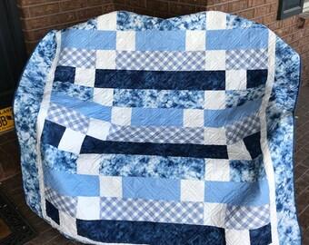 HomemadeThrow Quilt - Blue And White - Unisex