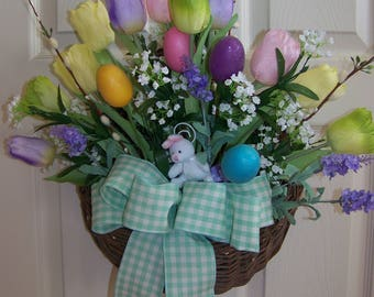 Tulip wall arrangement with Easter eggs and bunny