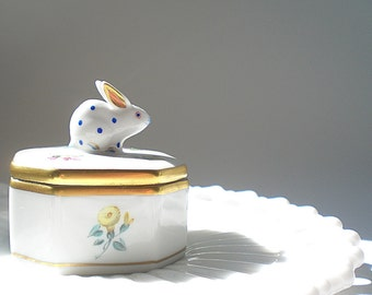 Small Herend Porcelain Box Bunny Rabbit Trinket Ring Box