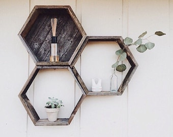3 Hexagon Shelves// Reclaimed Wood// Pallet Art// Hexagon Shelf// Pallet Wood Shelf// Geometric Shelf// Geometric// Rustic Home Decor