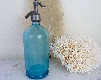Vintage Seltzer Bottle, French Soda Siphon Bottle, Blue Etched Glass, French Decor, Vintage Barware