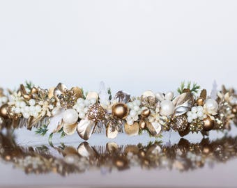 Flower Crown - Christmas Halo- Gold Wedding - Newborn Photo Prop - Wedding Crown - Floral Hairpiece - Holiday Prop - Christmas Crown - Green