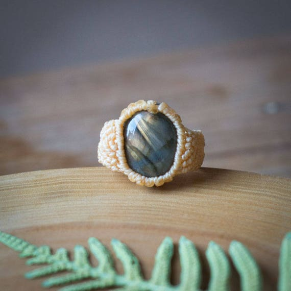 Labradorite ring, moonstone labradorite ring, gemstone labradorite ring, gemstone semiprecious stone ring, semiprecious labradorite ring
