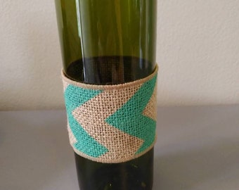 Wine bottle vase. Made from hand cut wine bottle. Great wine lover gift or kitchen or bar decor!