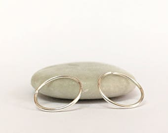 Small Cartilage Earrings - Silver Cartilage Hoops - Cartilage Tiny Rings - Cartilage Earrings 20 gauge x2