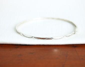 Southwestern Sterling Silver Bangle Bracelet Size 8 Vintage Stacking Jewelry Simple Thin Boho Medium Large