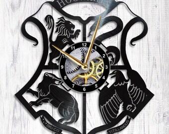 Harry Potter Vinyl Clock hogwarts gryffindor slytherin hufflepuff ravenclaw harry potter gift harry potter decoration harry potter decor
