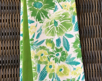 Green and white Clergy stole! Reversible Pastor stole, Minister stole for Ordinary time.  A wonderful gift!