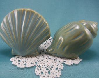 Vintage Blue Ceramic Seashells Salt and Pepper Shakers, Conch, Beach House Decor,  Hostess Gift, Scallop Clam Shell, Kitchen Tableware
