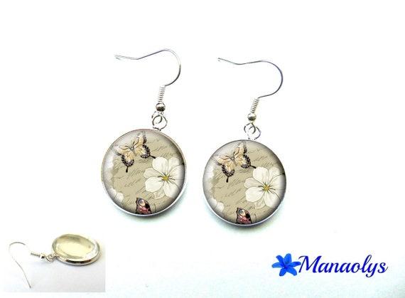 Flowers and Butterfly dangle earrings, cabochons 3547 glass earrings