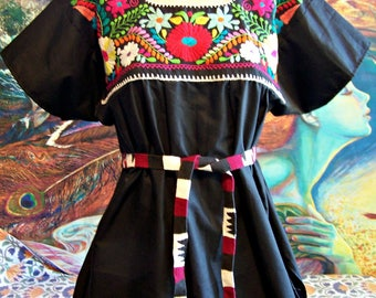 Mexican Blouse, Embroidered Blouse, Black Blouse, Frida Kahlo size L