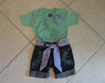 Summer Glitter!!! painted t-shirt and matching blue jean shorts. Size 2-4T,girls shorts, jean shorts,toddler short set, jean short set.