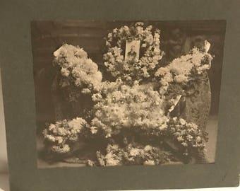 1900's memorial photo