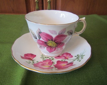 Royal Vale Bone China Tea Cup and Saucer made in England  ( C-28 )
