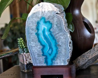 3.8lb. Agate Lamp on Wood Stand w/ Cord & Bulb, Blue Stone Desk Lamp, Geode Crystal Accent Lamp, Pagan Altar Supplies, Chakra, Reiki Healing
