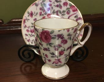 Elegant Porcelain Chintz Teacup and Saucer Pink Roses miniature MV 060 from 1950s