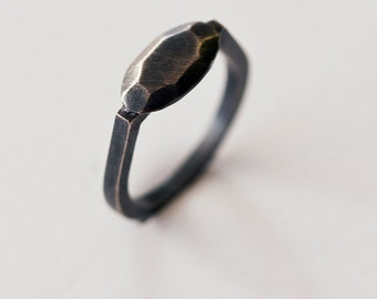 black ring women - black silver ring - black wedding rings - geometric ring - minimalist ring - sterling silver jewelry - Oval OX