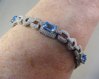 Vintage Swiss Blue Topaz Bracelet in Sterling Silver.....  Lot 5743