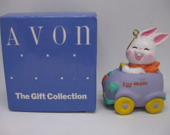 Free Shipping! Avon Easter Eggspression EGG MOBILE Hanging ORNAMENT, Bunny In Car Acrylic Figurine Vintage 1990 Holiday Tree Decoration 1489