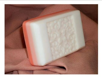 Peaches and Cream Soap Bar;  Free Shipping Soap Bar (Domestic Only); Goat's Milk Soap; Peach Scent Soap