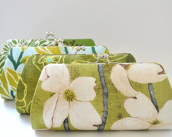 A SET of 9 Bridesmaids Clutch -  Create a Custom Bridesmaid Clutches in your choice of fabrics