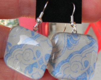 Square or Round Vintage Style Blue Floral Toile French  Delft Arabesque Cabochon Earrings