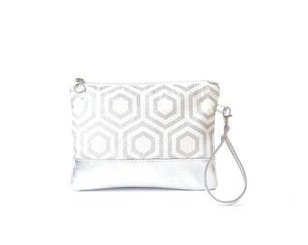 Wristlet clutch bag, wedding clutch, metallic silver bag, silver bridal clutch, silver leather wedding clutch, silver geometric wristlet bag