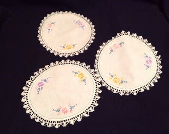 Vintage doilies set of 3 hand embroidered circular doilies with tatted edges  #179