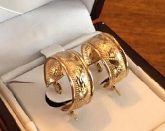14 karat Gold hoop earrings
