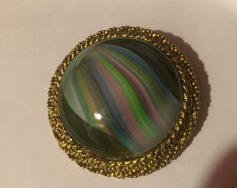 Vintage Agate Swirled Art Glass Brooch with Gold Tone Frame