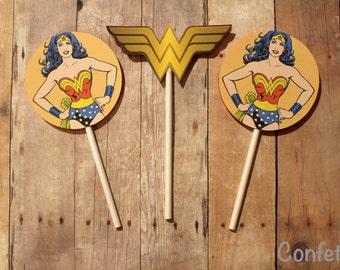 SALE!!! Wonder Woman Cupcake Toppers