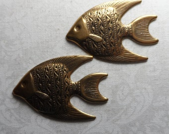 """Vintage gold plate brass stamped fish,1&5/8th"""",2pcs-KC319"""