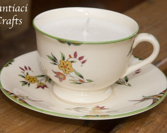 Sweet pea scented retro teacup candle