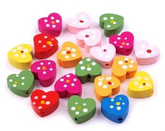 30 beads, wood, Heart Shape, 1,3x1,5 cm