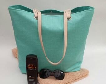 Beach bag in aqua linen effect matt oilcloth, Natural leather, 100% waterproof, Beach tote, Beach bag, Oilcloth bag, Gift for her