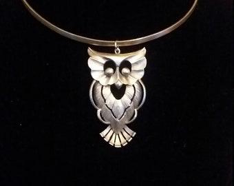Owl choker