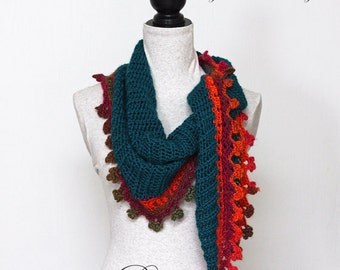 """Triangle Scarf CROCHET PATTERN / Baktus Scarf / Elongated Triangle / Shawlette / PDF / Made in Canada / """"Fire on Ice Baktus"""""""
